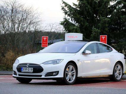 Tesla não atinge novamente os objetivos delineados