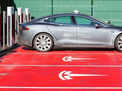 Quanto custa um Tesla em Portugal?
