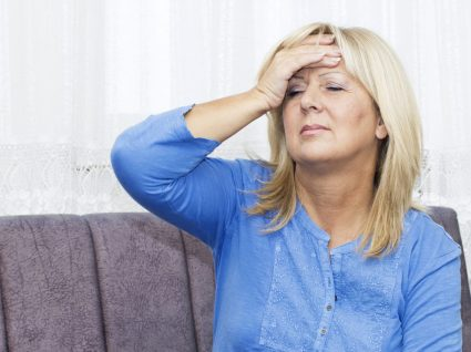 Sintomas da menopausa: conheça os 10 principais