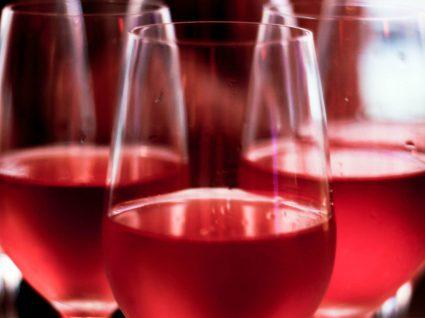 A seleção de vinho rosé que vai querer conhecer