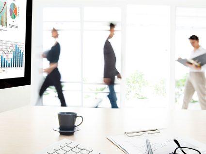 Trabalho suplementar: pagamento e direito a descanso compensatório