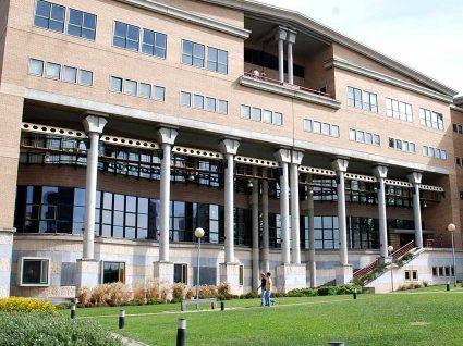 3 faculdades portuguesas de economia entre as melhores da Europa