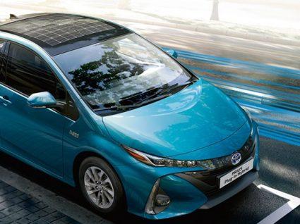 Um carro que também é movido a energia solar? À venda em Portugal? Sim, existe