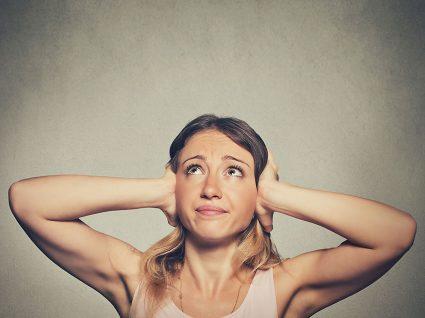Zumbido nos ouvidos: causas e tratamentos