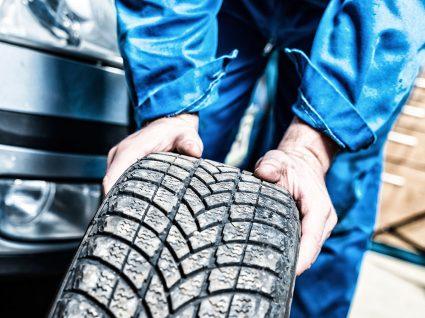 Vantagens e desvantagens dos pneus desportivos