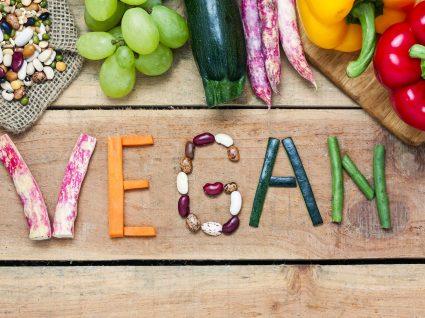 Estes são os 11 alimentos essenciais para uma alimentação vegana