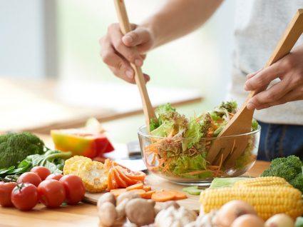 Nutricionista aconselha: o que comer para dormir melhor
