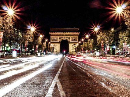 Guia para a vida noturna em Paris