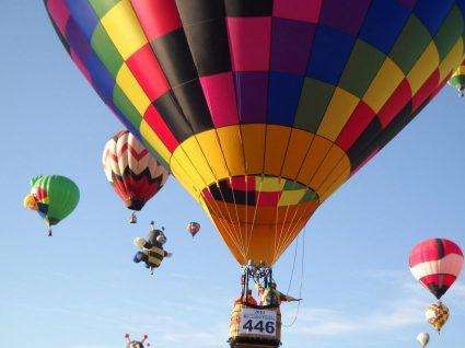 Voar num balão de ar quente sem pagar nada? Rume ao Alentejo