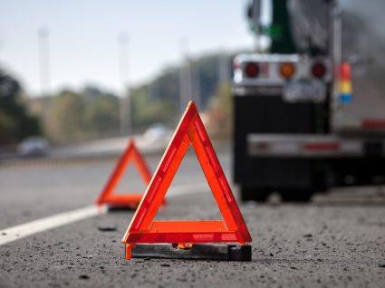 Como agir em situações de perigo quando está a conduzir