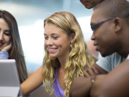 Aula Aberta: 4 semanas de aulas gratuitas para todos na Universidade