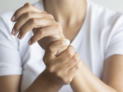 Nas mãos inchadas exercício o veias após