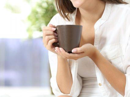 Os 4 melhores chás para a prisão de ventre