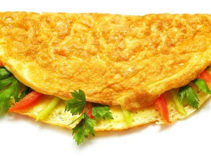 4 receitas para omeletas verdadeiramente gourmet