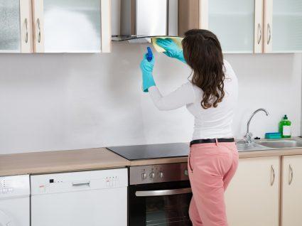 Limpar exaustor de cozinha: o guia passo a passo