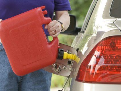 Greve dos motoristas: Afinal quanto combustível pode transportar e armazenar?