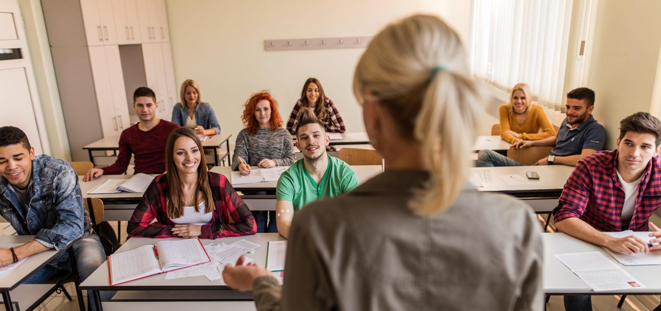 Consulte as listas de professores colocados nas escolas públicas