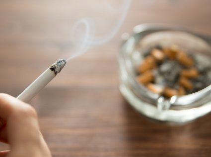 Como eliminar o cheiro a tabaco: dicas práticas e simples