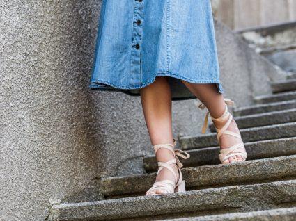 Inspiração: 7 looks com saia de ganga para usar já