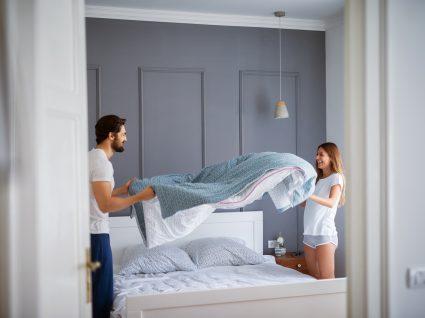 Sabe com que frequência deve mesmo mudar os lençóis?