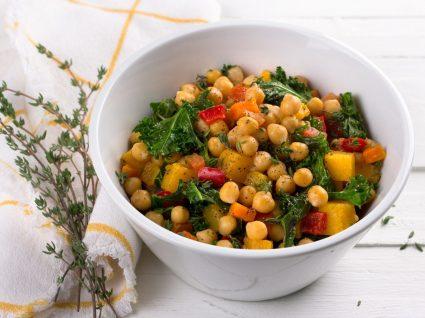 Salada de grão de bico: a solução ideal para um dia mais atarefado