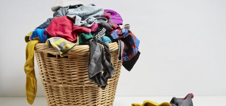 lavar a roupa com vinagre