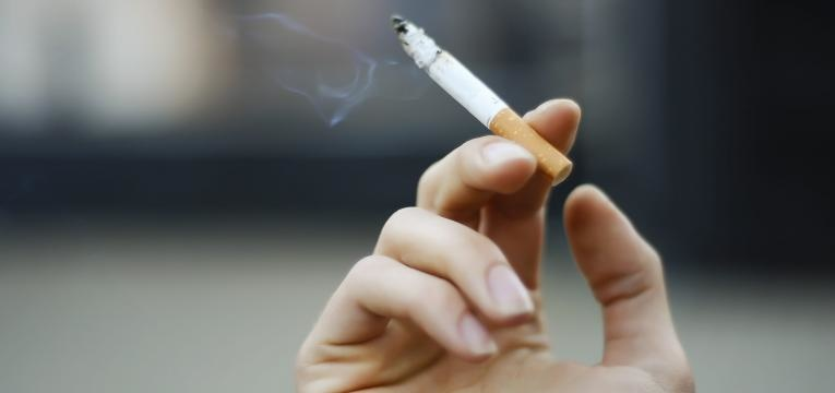 eliminar o cheiro a tabaco