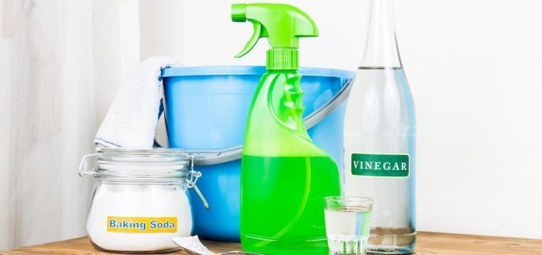 limpar tapetes com vinagre e bicarbonato