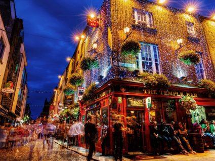 A Guinness não cai do céu. Nasce em Dublin