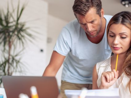 7 sinais de que o casal está em sintonia financeira