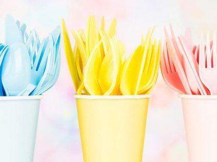 Lei que proíbe louça de plástico entra em vigor amanhã