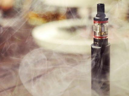 Pneumologistas alertam para perigos dos cigarros eletrónicos