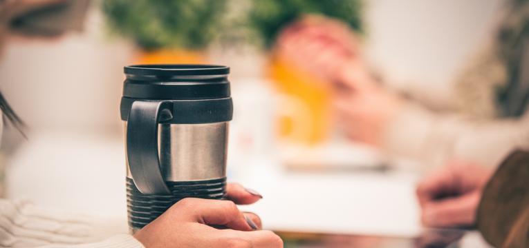 copo de café reutilizável