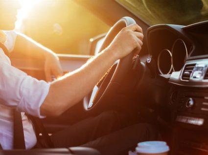 7 cuidados a ter quando faz um test drive em carro usado