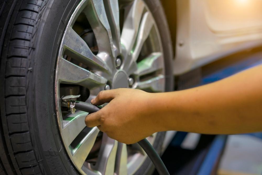controlar pressão dos pneus