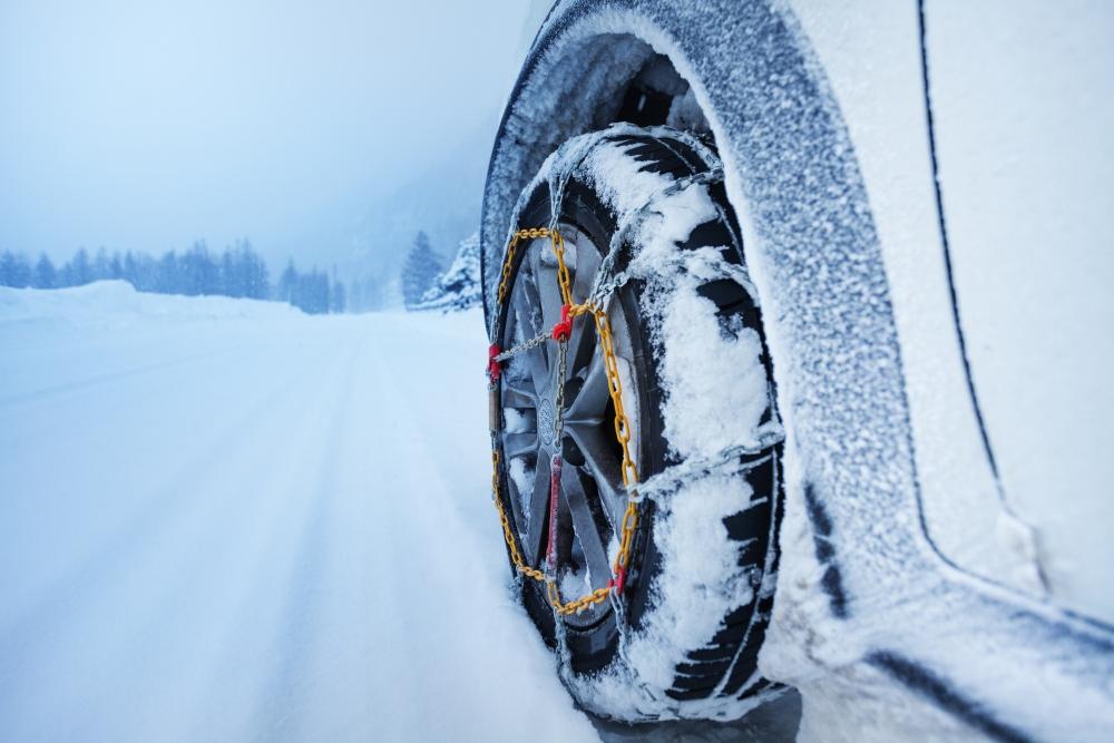 pneu com corrente de neve