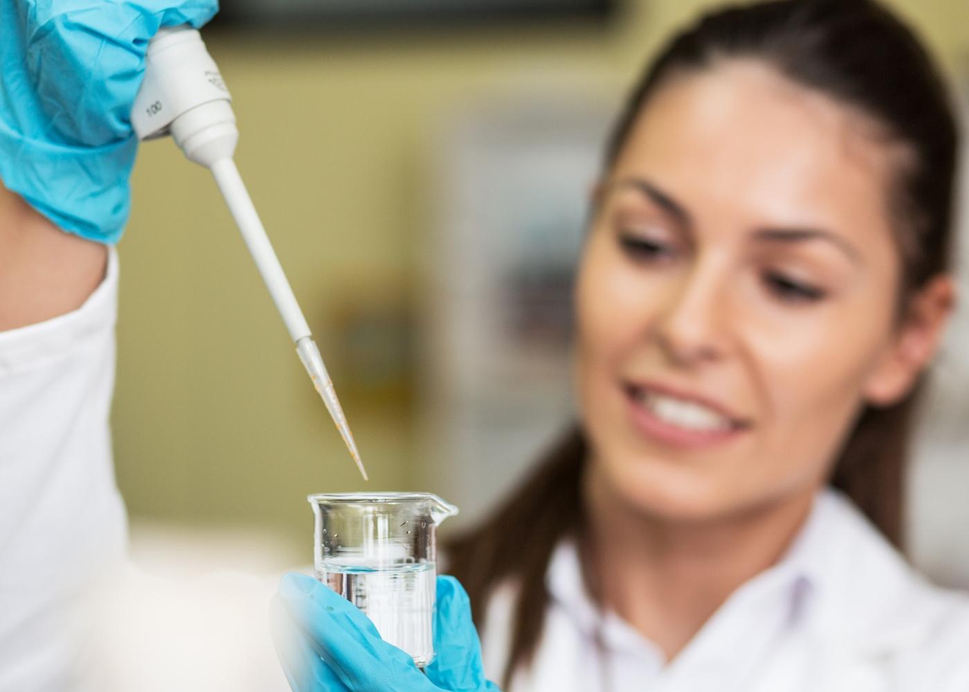 Carolina: técnica farmacêutica que recorreu ao Crédito Formação Cofidis