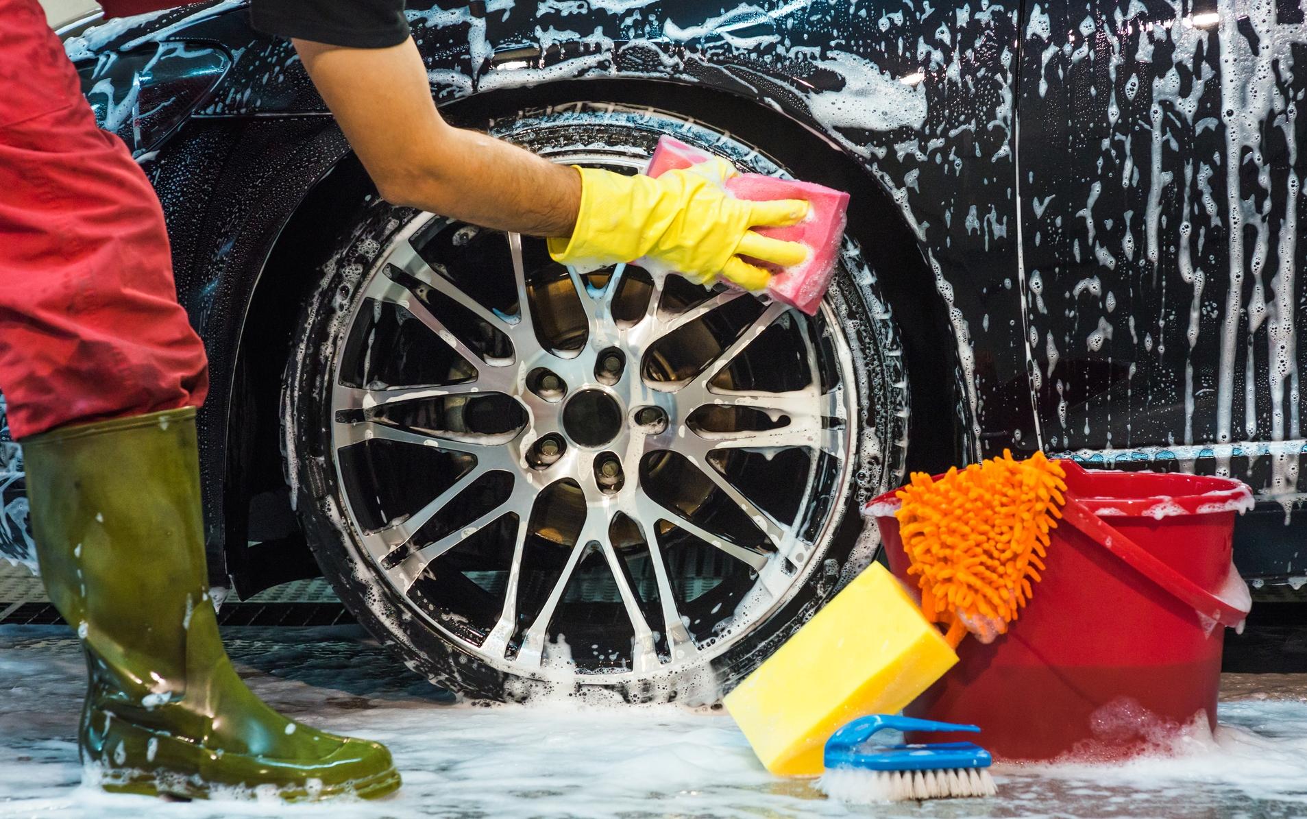 lavar jantes do carro