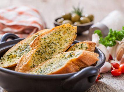 Pão de alho feito em casa