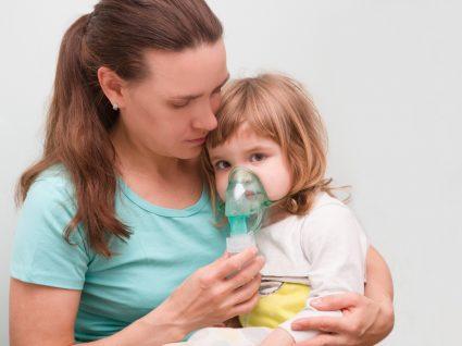Crianças com COVID-19 e sintomas raros são preocupação