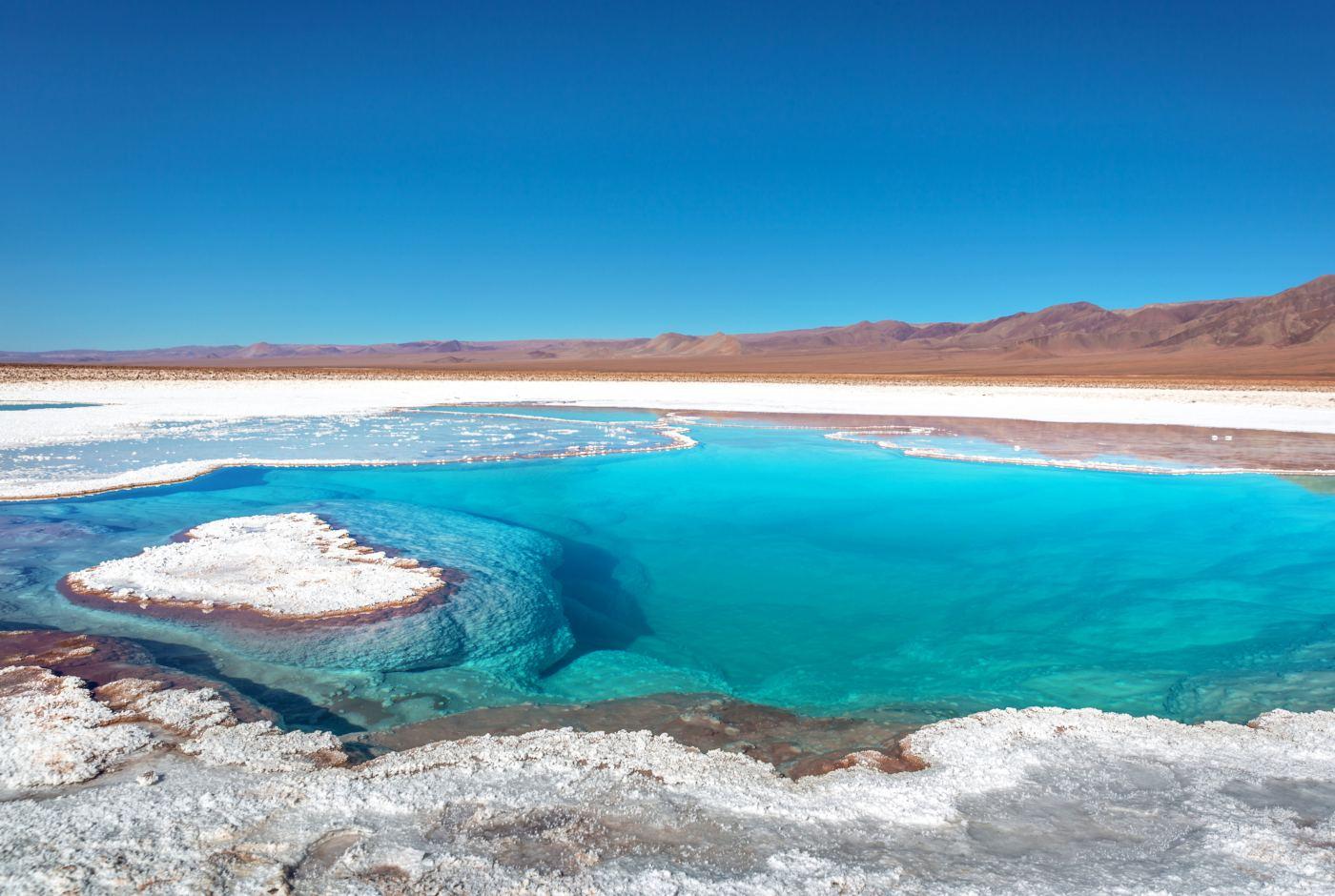 Lagoa no deserto do atacama