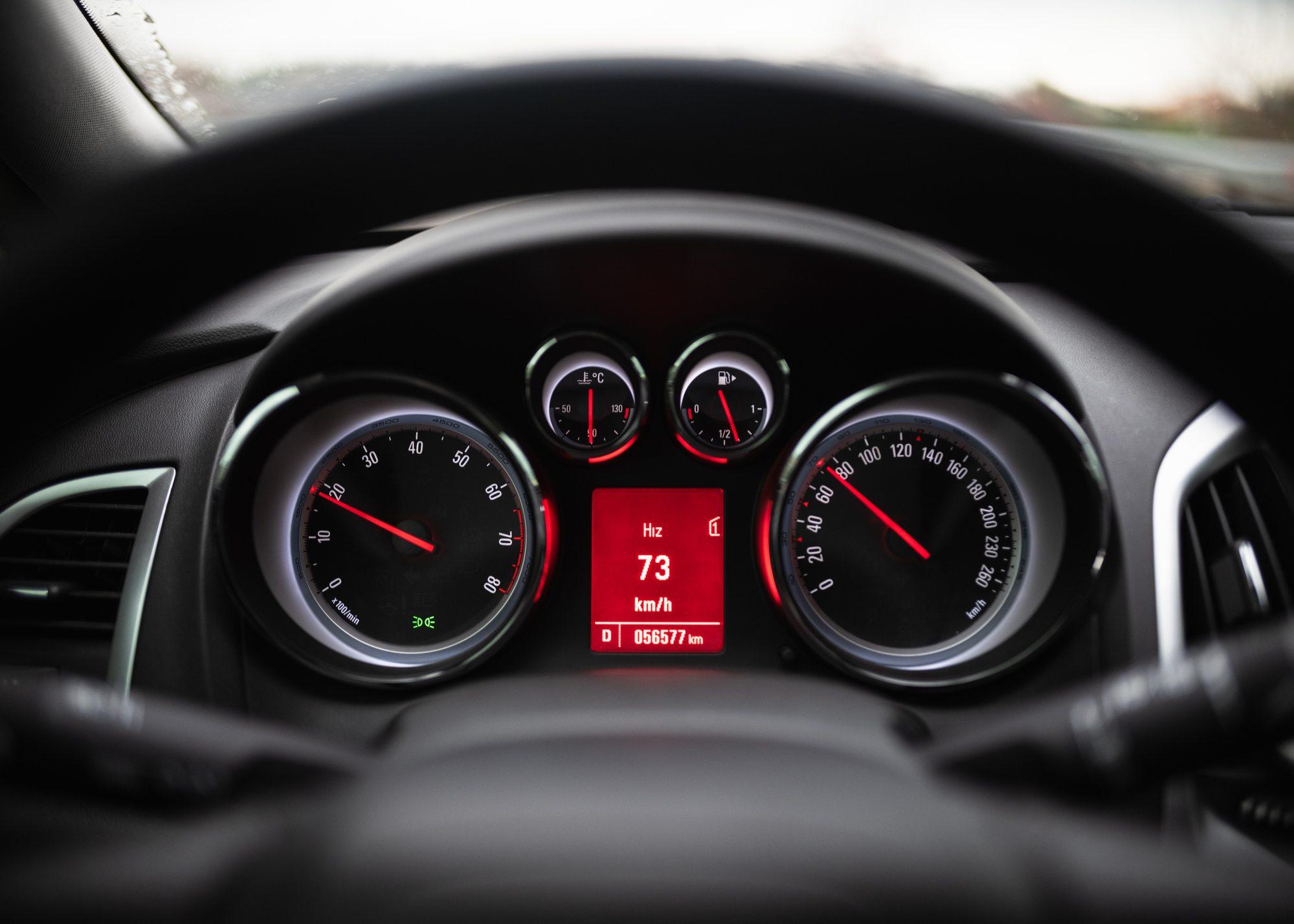 conta quilómetros carro