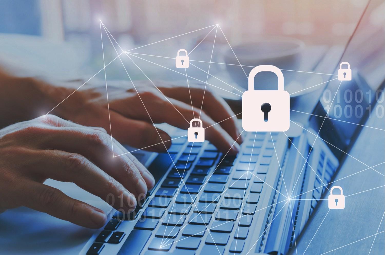 Computador bloqueado por cibersegurança