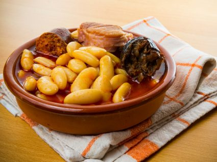 Prato de fabada asturiana