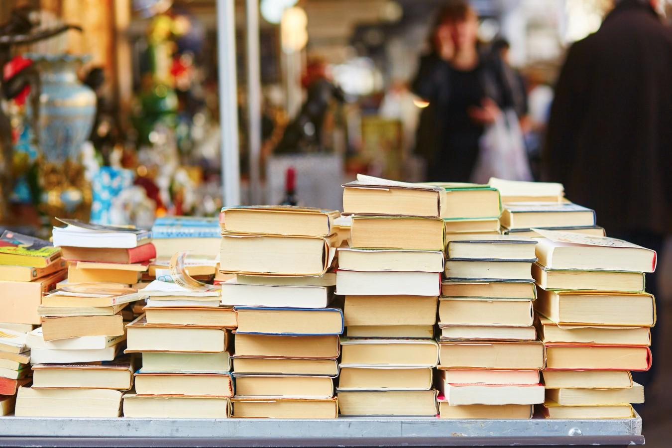 Livros usados em feira