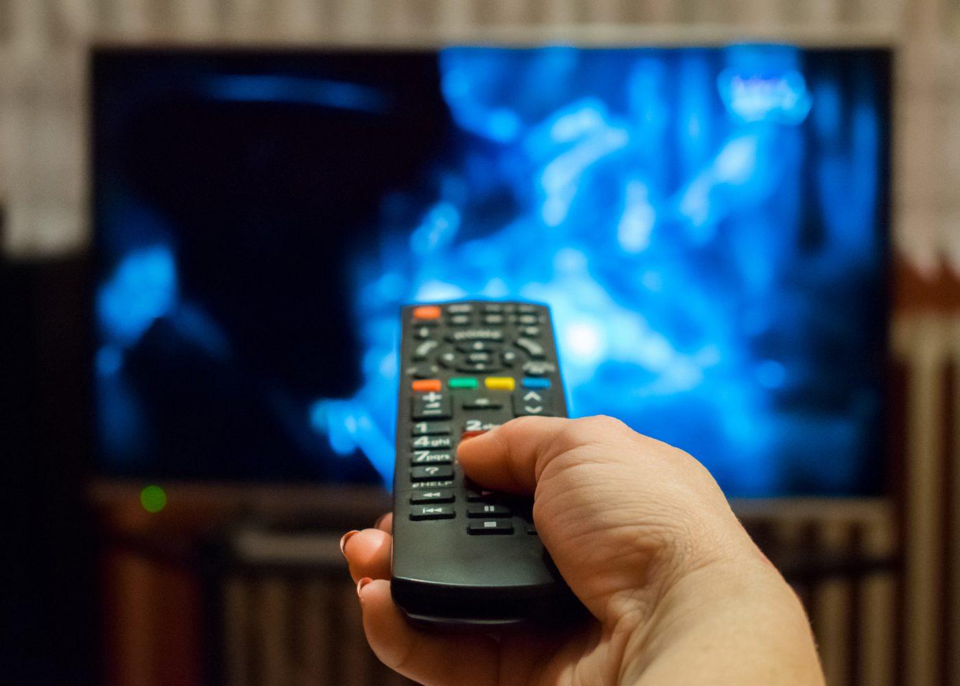 ligar a televisão