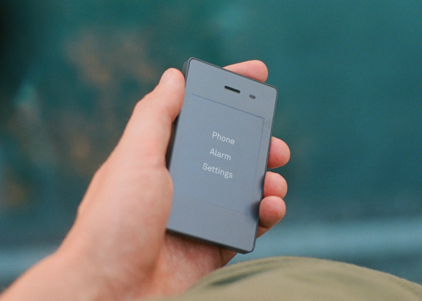 light phone na mao