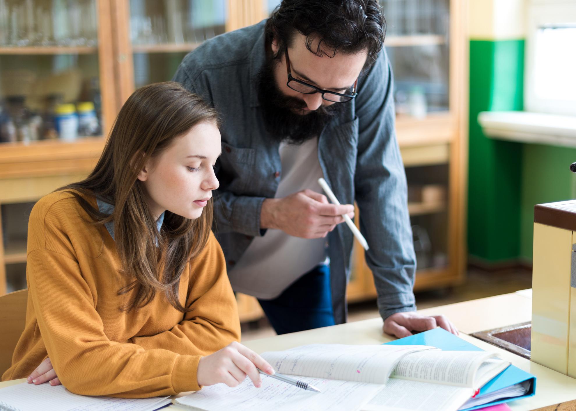 professor e aluna