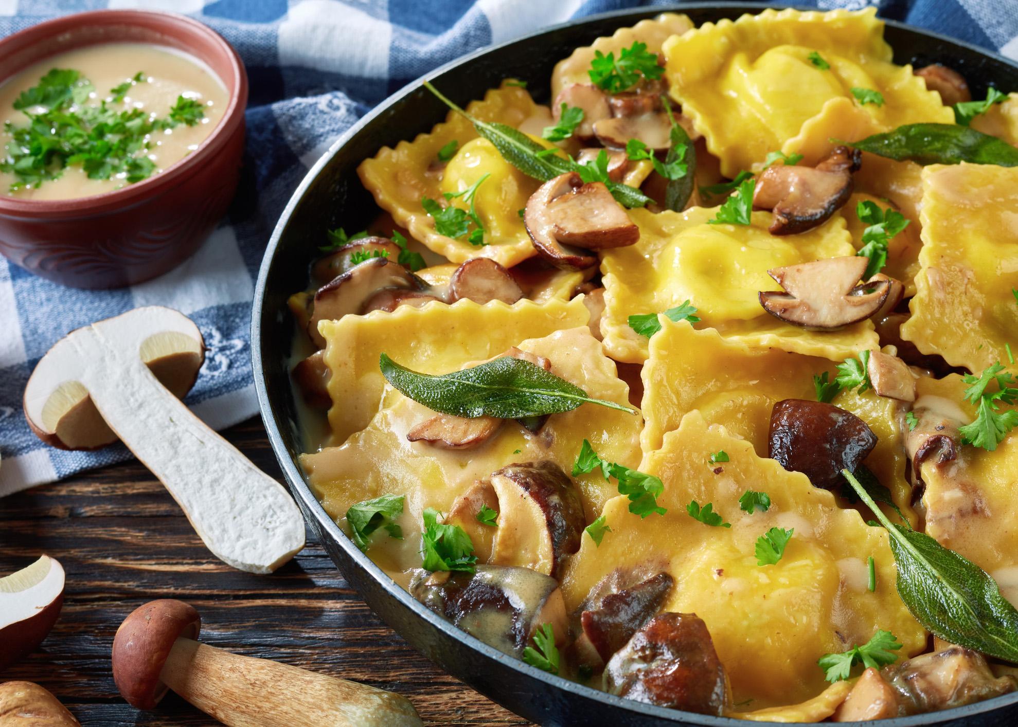 ravioli com cogumelos