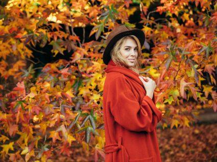 Casacos coloridos de mulher
